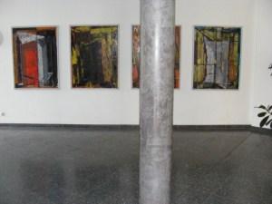 Bilder im Eingangsbereich des IBZ