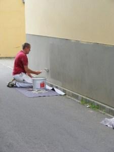 Graffiti in der KTV - Saubere Wände sind eine harte Arbeit