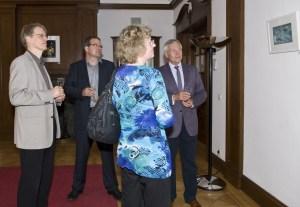v.l.: Martin Gartzke (Leiter NDR-Presse und Information), Frank Koebsch, Hanka Koebsch und Dr. Karl-Heinz Kutz (Rundfunkrat) © NDR