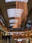 Weihnachtsschmuck in den PROMENADEN des Leipziger Hauptbahnhof (1)