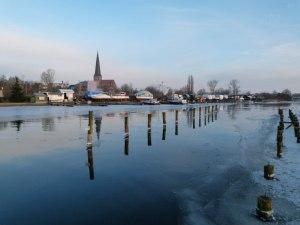 Winter an der Warnow (10) Panorama der Rostocker Altstadt (c) Frank Koebsch
