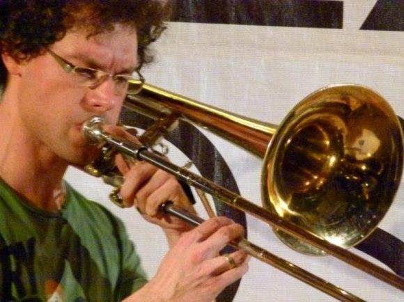 Ingo Lahme an der Bassposaune (c) FRank Koebsch (14)