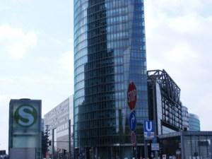 Silhouette Postdamer Platz (c) FRank Koebsch (1)