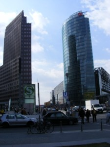 Silhouette Postdamer Platz (c) FRank Koebsch (2)