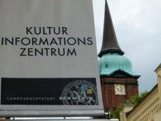 KIZ Schwerin bei der Schelfkirche (c) Frank Koebsch