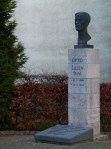 Otto Lilienthal Büste in der Peene Str. (c) Frank Koebsch 1