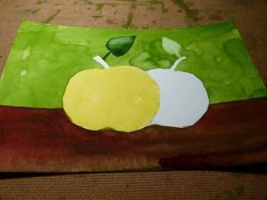 Schritt 4 - gelbe Hinterlegung des Apfels auf dem Gerstäcker Aquarellpapier(c) FRank Koebsch