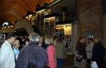 Besucher unser Ausstellung (c) Peggy Blangenburg