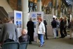 Besucher unserer Ausstellung (c) Christiane Weidner 1