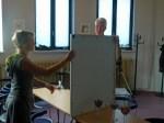 Karsten Peters und Kerstin Mempel bei den Vorbereitungen (c) Frank Koebsch 2