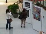 Die ersten Besucherinnen bei unserer Ausstellung see more jazz in fine art