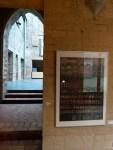 Gotische Bogen der HMT auf den Roten Fenstern von Caroline Haerter (c) Frank Koebsch