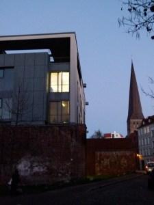 Petri Kirche und HMT in den Abendstunden (c) Frank Koebsch (2)
