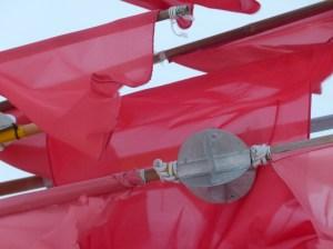 Reflektor an der rotbeflaggten Spieren (c) Frank Koebsch