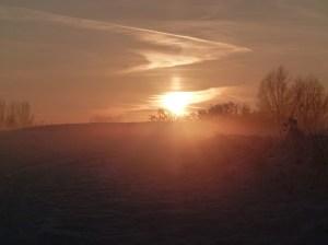 Winterlicher Sonnenuntergang mit Nebel (c) Frank Koebsch 1