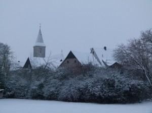 Fränkische Giebel im Winter mit Schnee (c) Frank Koebsch