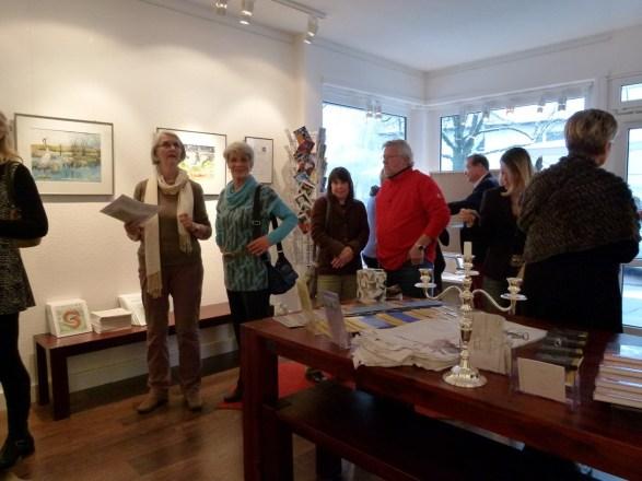 erste Besucher der Ausstellung Faszination Kraniche (c) Maike Josupeit (1)