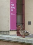 Besucher der Ausstellung - Hier stehe ich (c) Frank Koebsch
