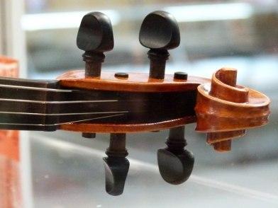 Geigenbaukunst von Christine Steidler (c) FRank Koebsch (6)