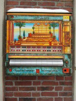 Kunstautomat in der Langen Str. Rostock (c) Frank Koebsch