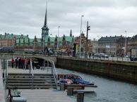 Bootsanleger an der Neuen Börse Kopenhagens (c) FRank Koebsch
