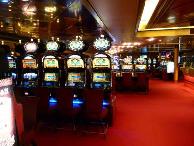 Casino auf der MS Zaandam (c) Frank Koebsch