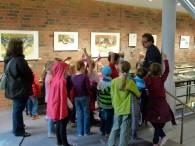Kinder entdecken mit Frank Koebsch die Kranichausstellung