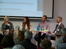 Podiumsdiskussion mit Christa Eichbaum, Dana Bauers, Philipp Heyna, Norman Schulz auf der Impulskonferenz (c) Frank Koebsch