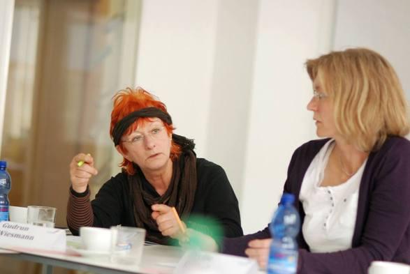 Gudrun Wiesmann und Yvonne Most im Workshop - Kunst und Kommunikation im Social WEB (c) Boris A. Knop