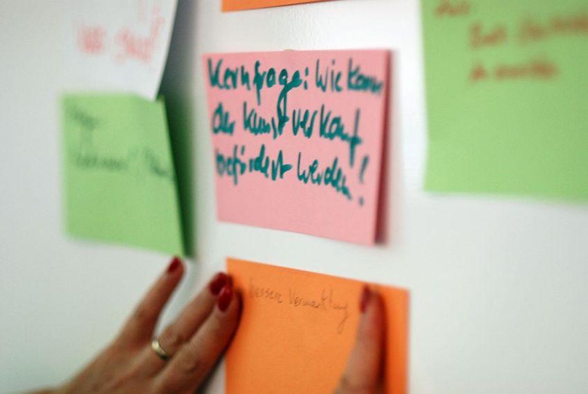 Kernfrage des Workshops - Kunst und Kommunikation im Social WEB (c) Boris A. Knop