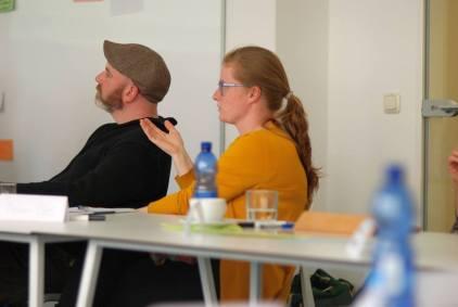 Sebastian Weis und Anne.tt Schneider im Workshop - Kunst und Kommunikation im Social WEB (c) Boris A. Knop