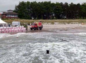 Feuerwehr am Strand von Zingst (c) Frank Koebsch (3)
