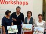 Teilnehmerinnen an dem Aquarellkurs Stadtansichten von Rostock mit Frank Koebsch