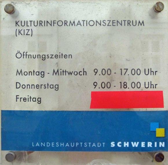 Öffnungszeiten des Kurlturinformationszentrum (KIZ) in Schwerin
