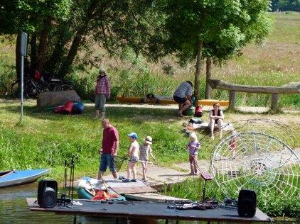 Wassersportler bei der Kanustation am JAM (c) Frank Koebsch (3)