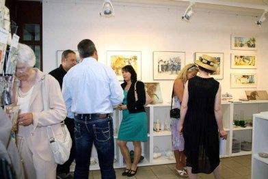 Gäste in der Ausstellung Faszination Galopper (c) Karina Sturm (2)
