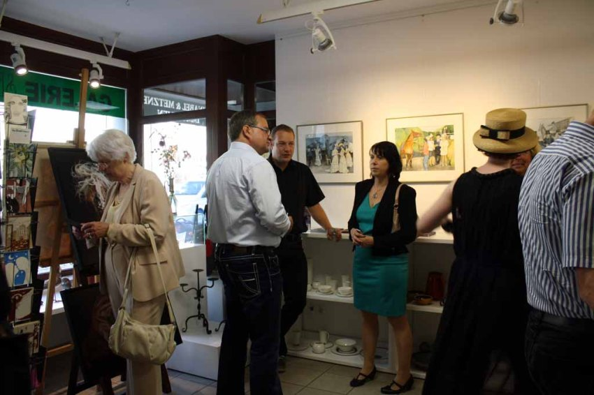 Gäste in der Ausstellung Faszination Galopper (c) Karina Sturm (3)