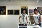 Wiebke Haas in der Ausstellung Faszination Galopper (c) Karina Sturm