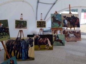 Bilder von Maike Josupeit in der Ausstellung Faszination Galopper auf derm Ostsee meeting 2014 (c) Frank Koebsch