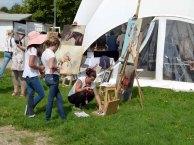Karina Sturm malt beim Ostsee Meeting 2014 (c) Frank Koebsch (1)