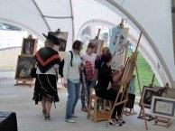 Karina Sturm malt beim Ostsee Meeting 2014 (c) Frank Koebsch (5)