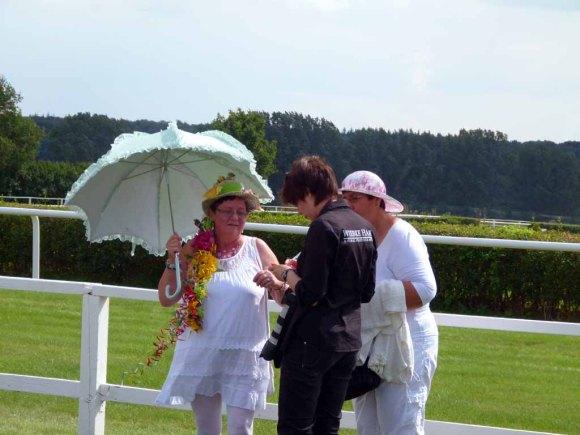 Wiebke Hass als Fotografin auf den Ladies Days des Ostsee Meetings 2014 (c) FRank Koebsch (2)