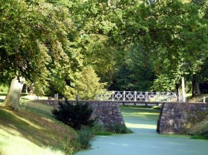 Brücke im Schloßpark Griebenow (c) FRank Koebsch (2)
