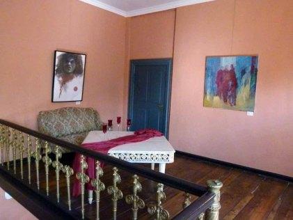 Einblick in die Ausstellungsräume im Schloss Griebenow (c) FRank Koebsch (12)