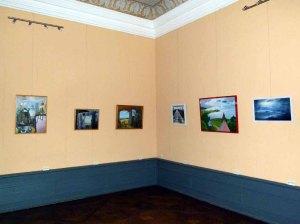 Einblick in die Ausstellungsräume im Schloss Griebenow (c) FRank Koebsch (3)