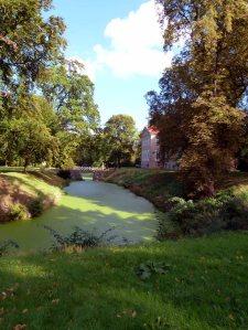 Historische Parkanlage des Schlosses Griebenow (c) FRank Koebsch (1)
