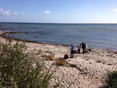 Malen am Strand von Thiessow (c) Birgitt Bartelt (2)