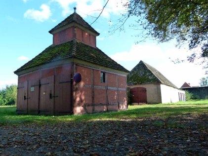 Remise im Schlosspark Griebenow (c) Frank Koebsch (1)