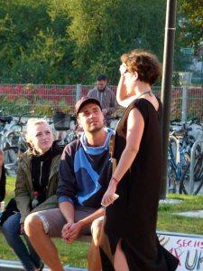 Teresa Trabert die Macherin der regio polis im Gespräch (c) FRank Koebsch (1)