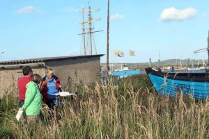Aquarellkurs mit Frank Koebsch in Hafen von Gager (c) Jost Grünheid (1)